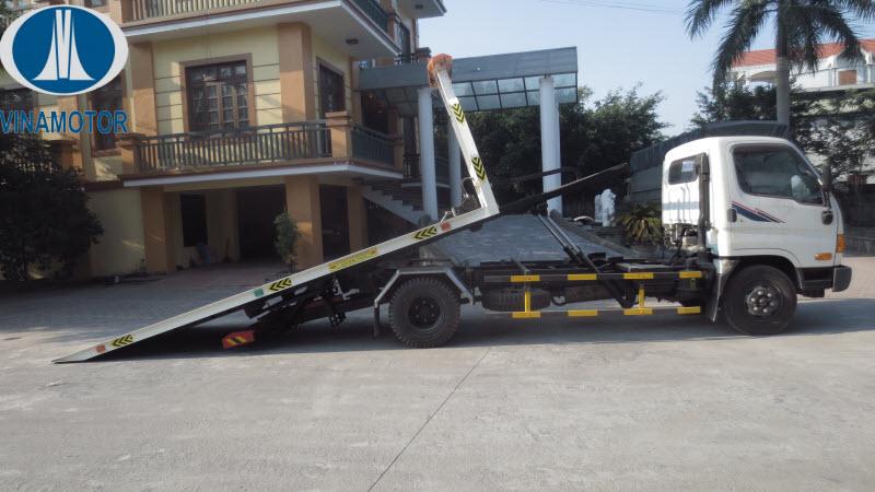 Xe cứu hộ giao thông sàn trượt Hyundai HD700 Đồng Vàng 7 Tấn